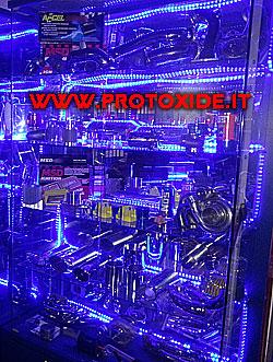 vetrina neon protoxide